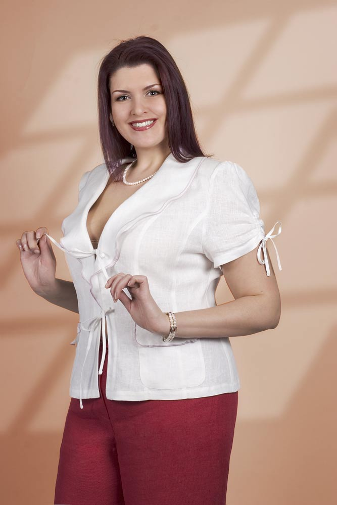 Полной женщине помогает хорошо выглядеть уверенность в себе.